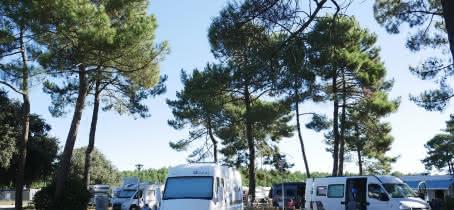 Le Huga - AIre de Camping Car © Médoc Atlantique